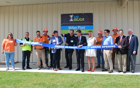 Millen-Ribbon-Cutting