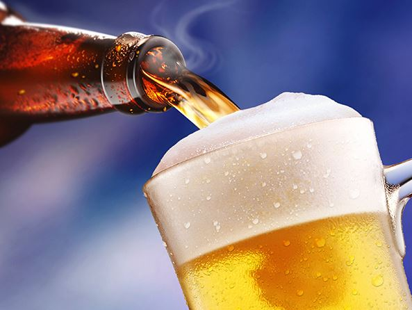 Pouring_beer