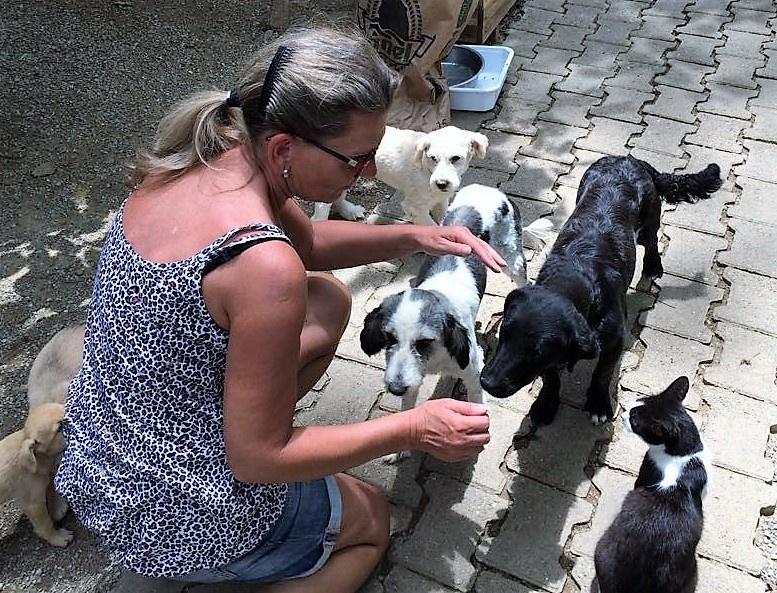 claudia & pups